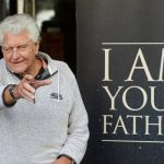 Dave Prowse, actor behind the Darth Vader mask, dies at 85 8