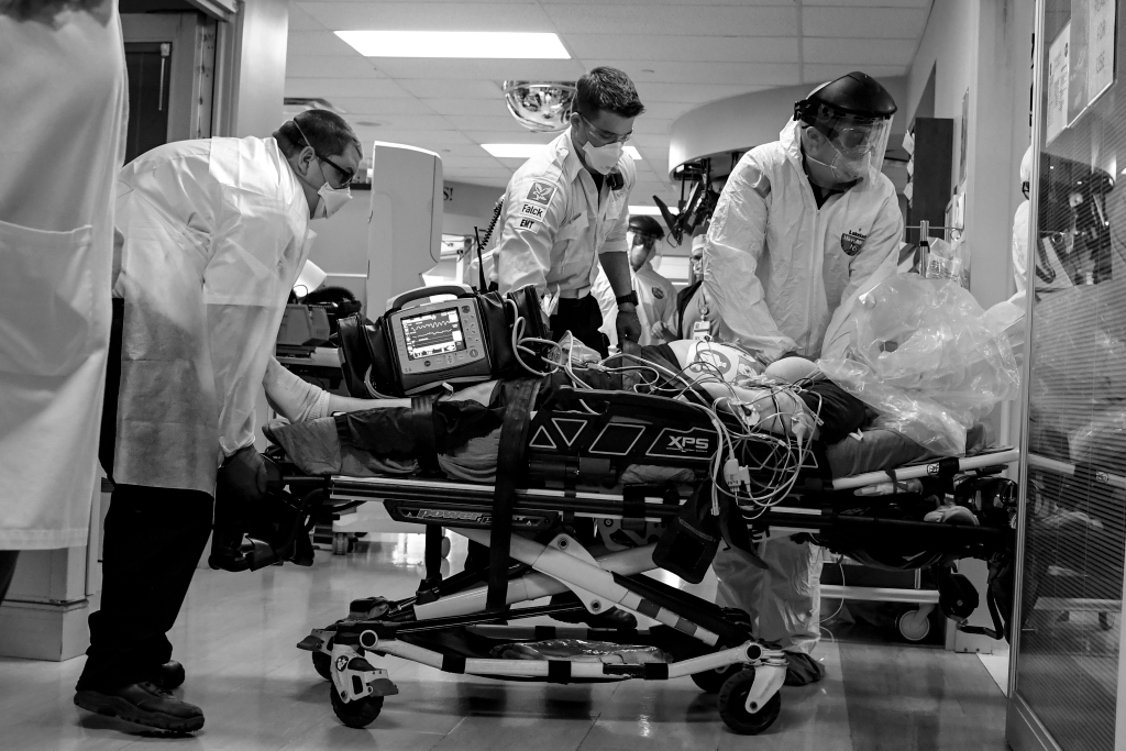 Colorado's surging COVID-19 hospitalizations top April peak, show no signs of slowing down 1
