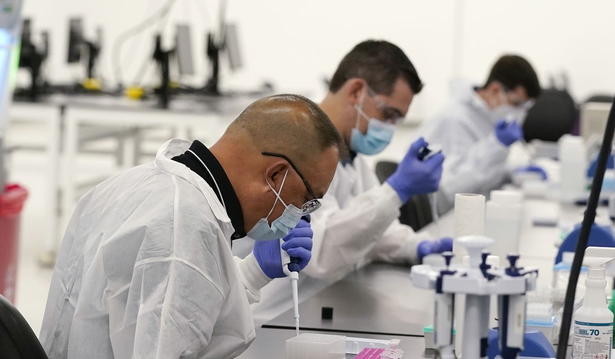 U.S. sees more than 100K daily coronavirus cases for the first time 1