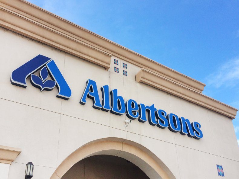 Which Grocery Stores Are Open on Thanksgiving Day? Albertsons, Kroger Hours 1