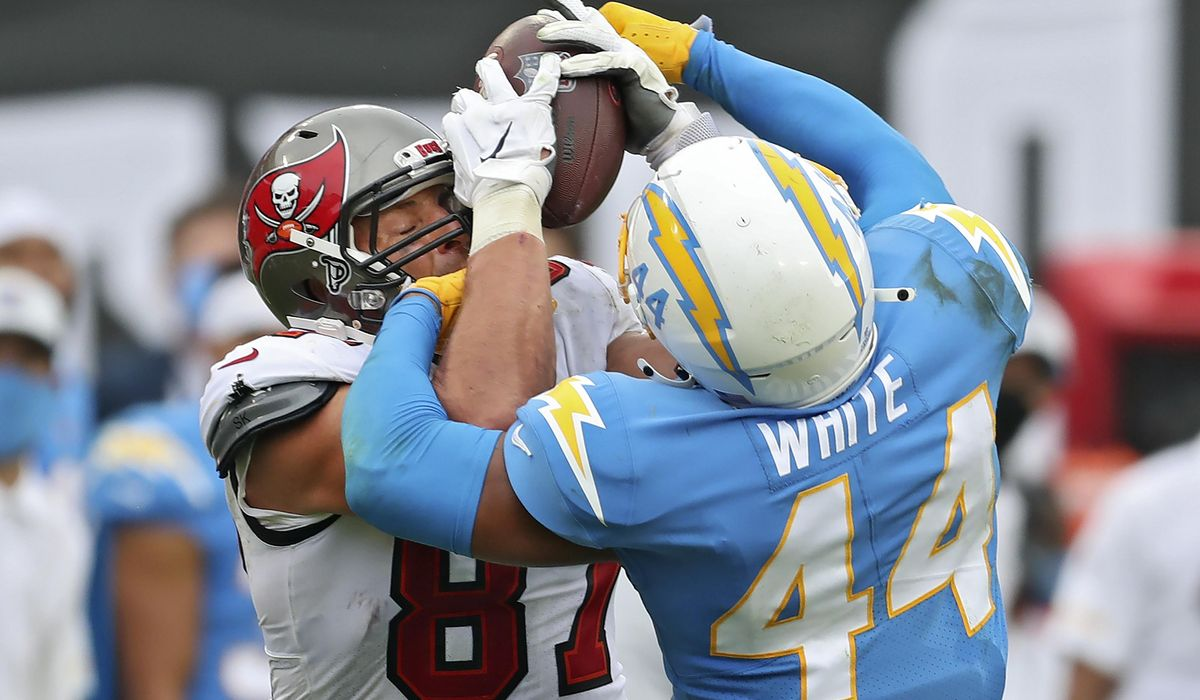Chargers place leading tackler Kyzir White on COVID-19 list 1
