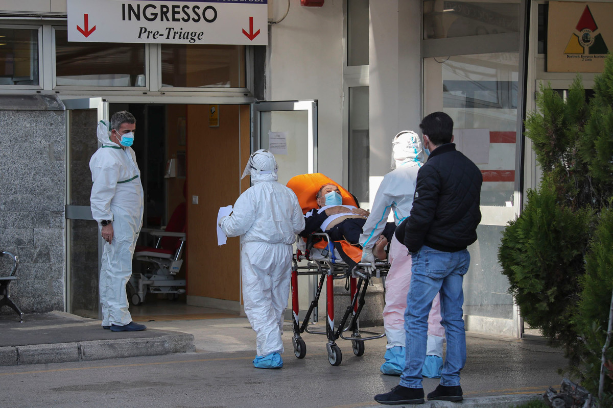 Italy shocked by video showing horrific conditions inside COVID-19 hospital 1