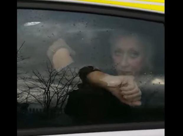 Woman arrested taking mom from U.K. nursing home before COVID lockdown 1