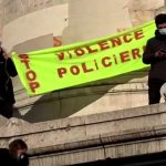 Video of beating leads to investigation of Paris police officers 7