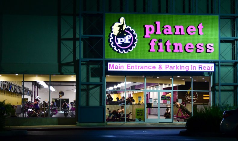 Which Gyms Are Open on Thanksgiving 2020? Planet Fitness, LA Fitness, Equinox Opening Hours 1