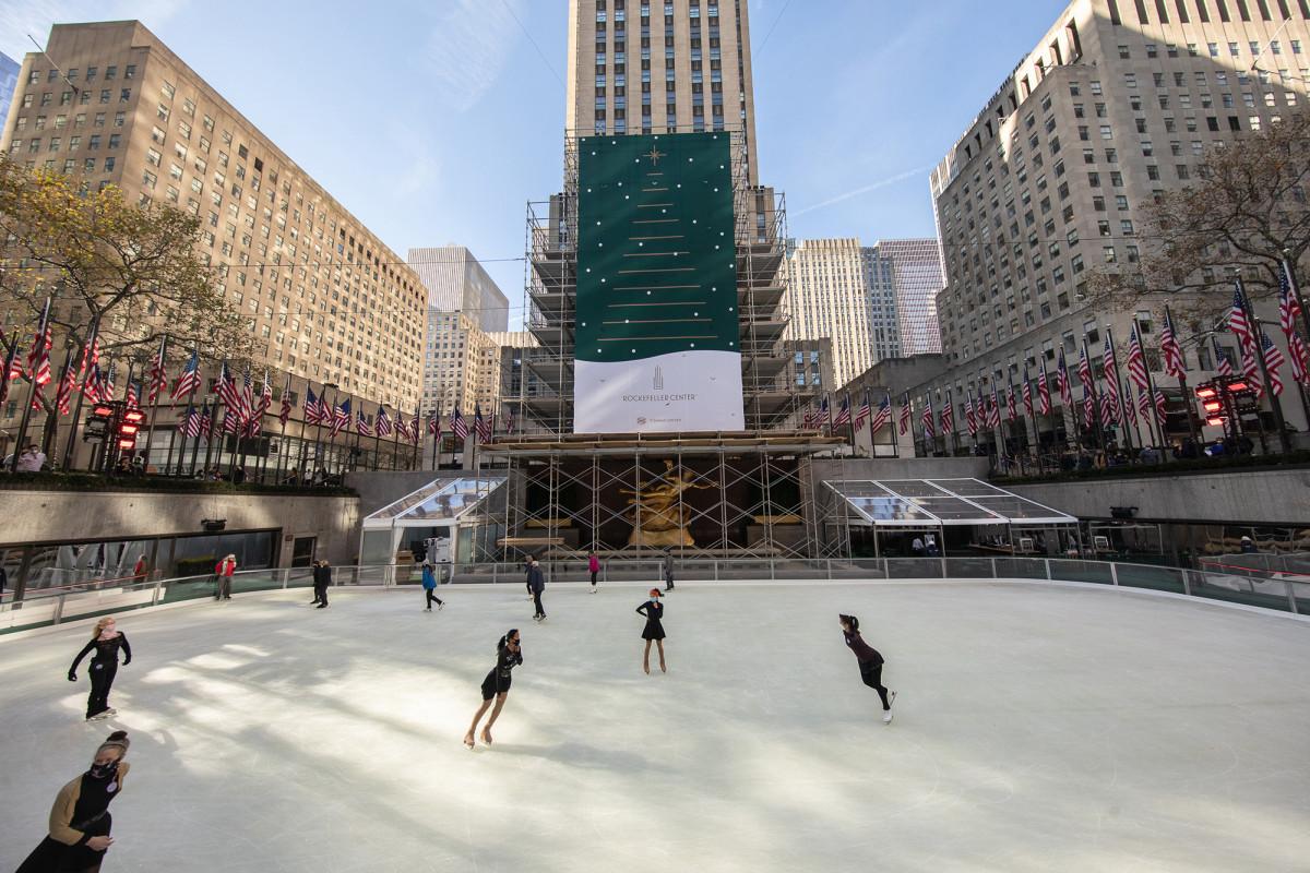 Iconic Rockefeller Center skating rink opens for the season 1