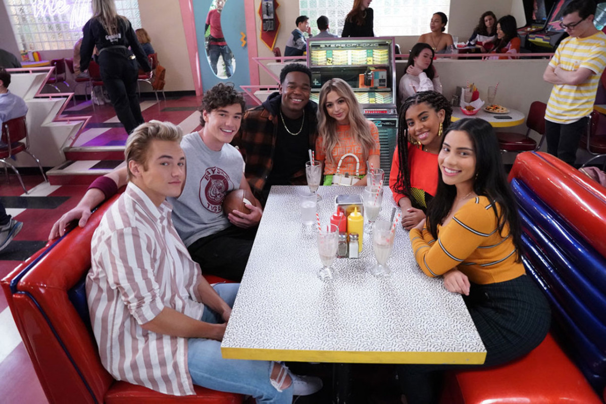 The New 'Saved by the Bell' Makes the Only Good Coronavirus Joke 1