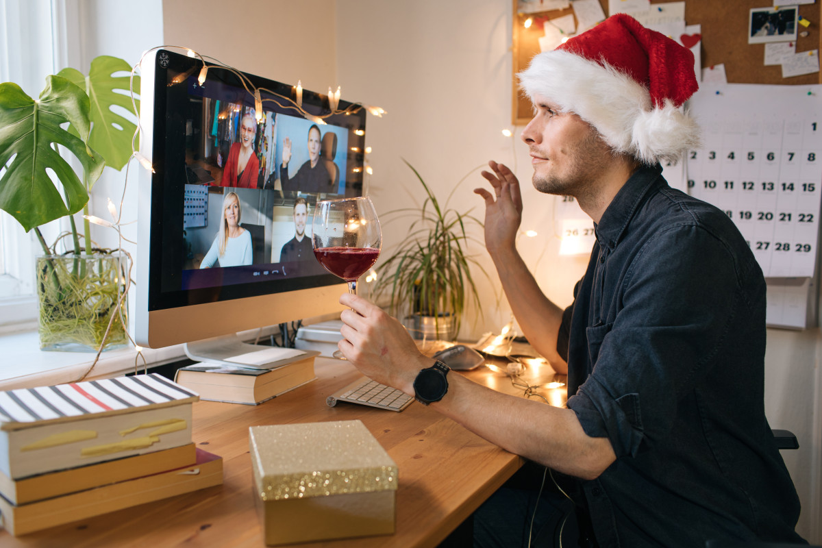 Can I just skip my lame office Zoom holiday party? 1