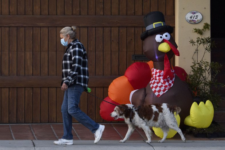 Thanksgiving Celebrations Could Double U.S. COVID-19 Death Rate to 4,000 a Day, Professor Predicts 1