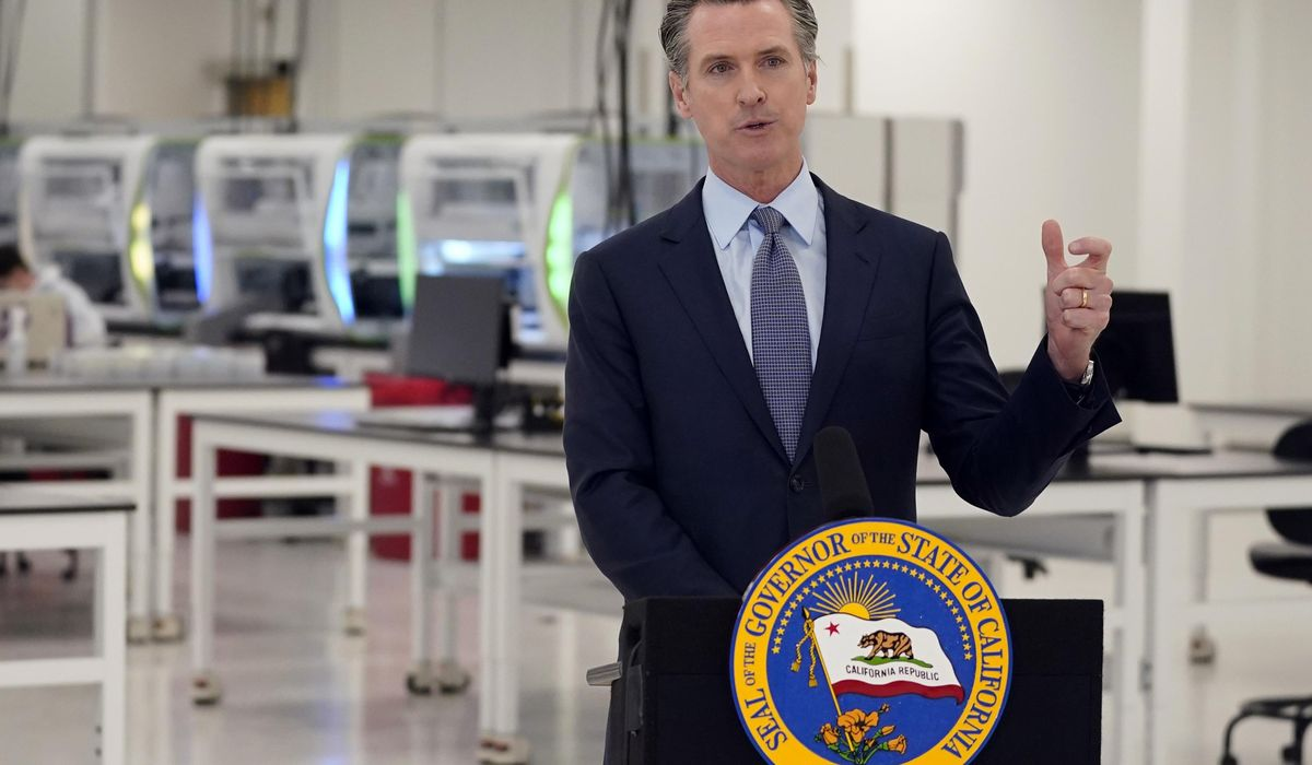 California governor's family quarantines after exposure 1