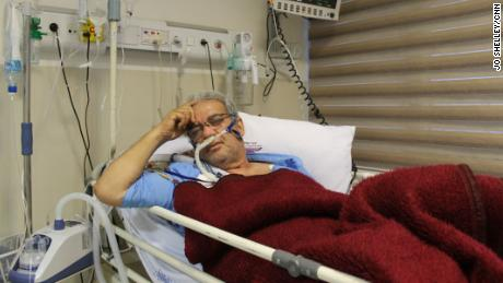 In an Iranian intensive care unit, doctors grapple with Covid-19 and US sanctions 1