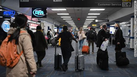 Why you should quarantine after traveling for Christmas 1