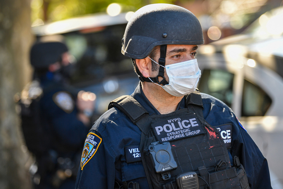 NYPD cops face delayed COVID-19 vaccine rollout over supply chain issues 1