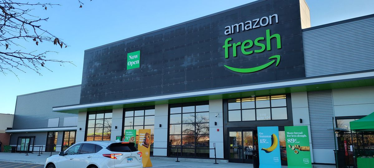 Amazon Fresh store that lets customers skip the grocery checkout line now open in Naperville 1