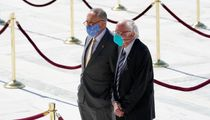 Bernie Sanders Blasts 'Grossly Unsatisfactory' And 'Unacceptable' COVID-19 Relief Packages 1