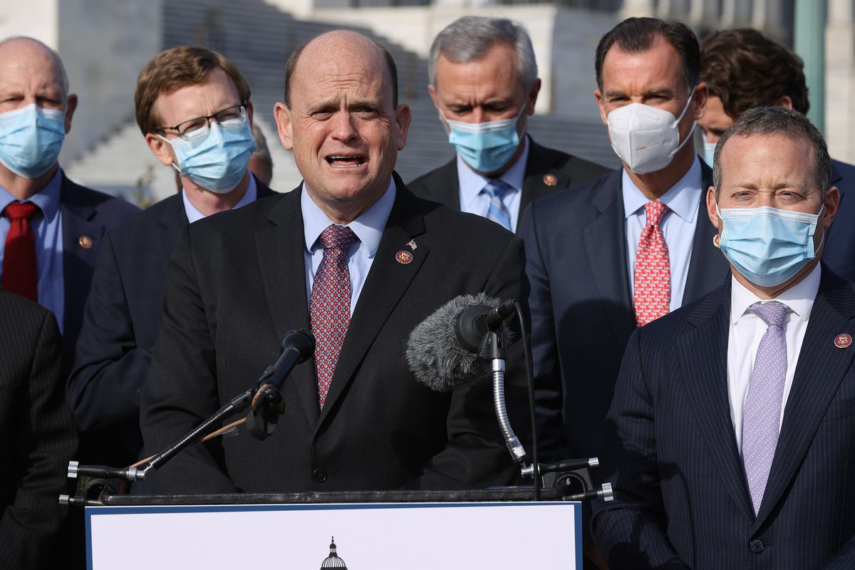 Stimulus update: COVID-19 pandemic relief set to expire in Illinois as Congress negotiates aid package. Here's what to know. 1