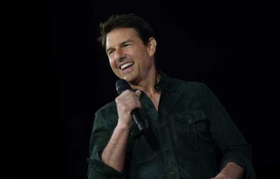 Tom Cruise 'fumes' after COVID-19 outbreak forces him to self-isolate, shuts film set 1