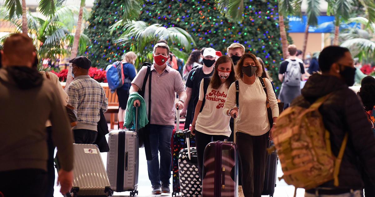 Holiday travel increases fear of coronavirus surge 1