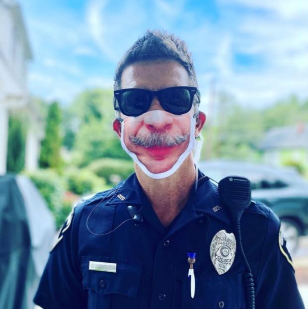 Georgia mask maker creates smiles during pandemic 1