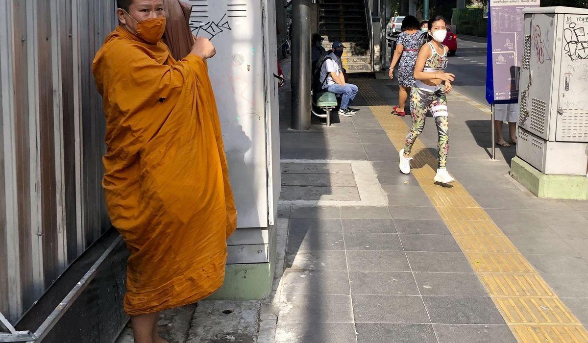 Thailand imposes new restrictions amid coronavirus outbreak 1