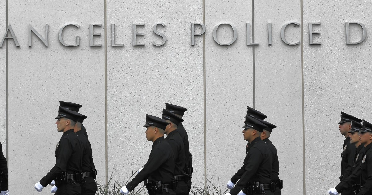 Despite layoff threat, LAPD officers reject plan to raise $10 million for union war chest 1