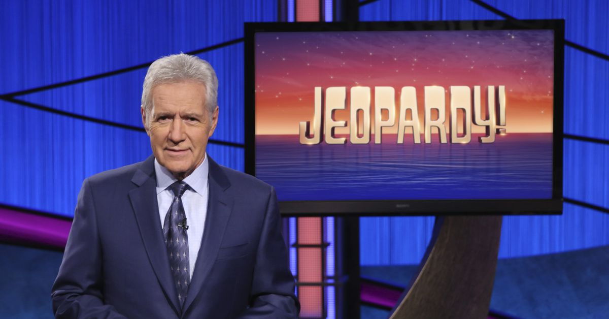 Alex Trebek urges support for COVID-19 victims in first of final five shows 1