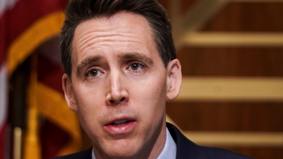 Police: Protesters outside Sen. Hawley home were 'peaceful' 1