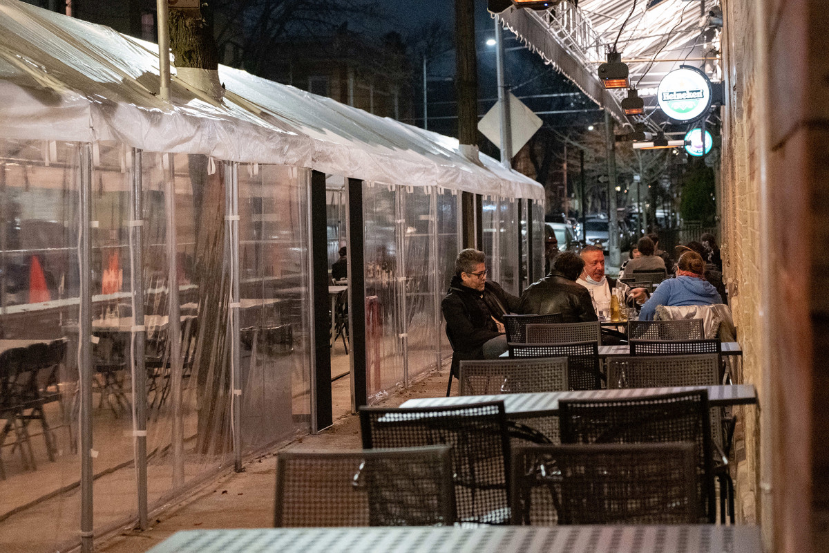 The cold reality of outdoor dining and takeout during a COVID-19 winter 1