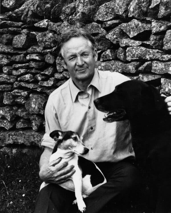 'All Creatures Great and Small': Who Was the Real James Herriot? 1