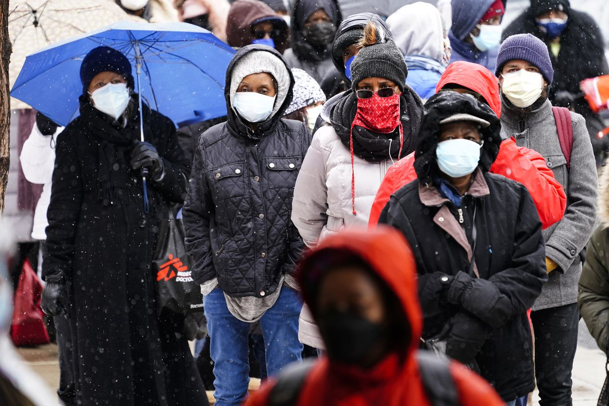 Fully vaccinated against COVID-19? Keep those masks on, CDC says (LIVE UPDATES) 1