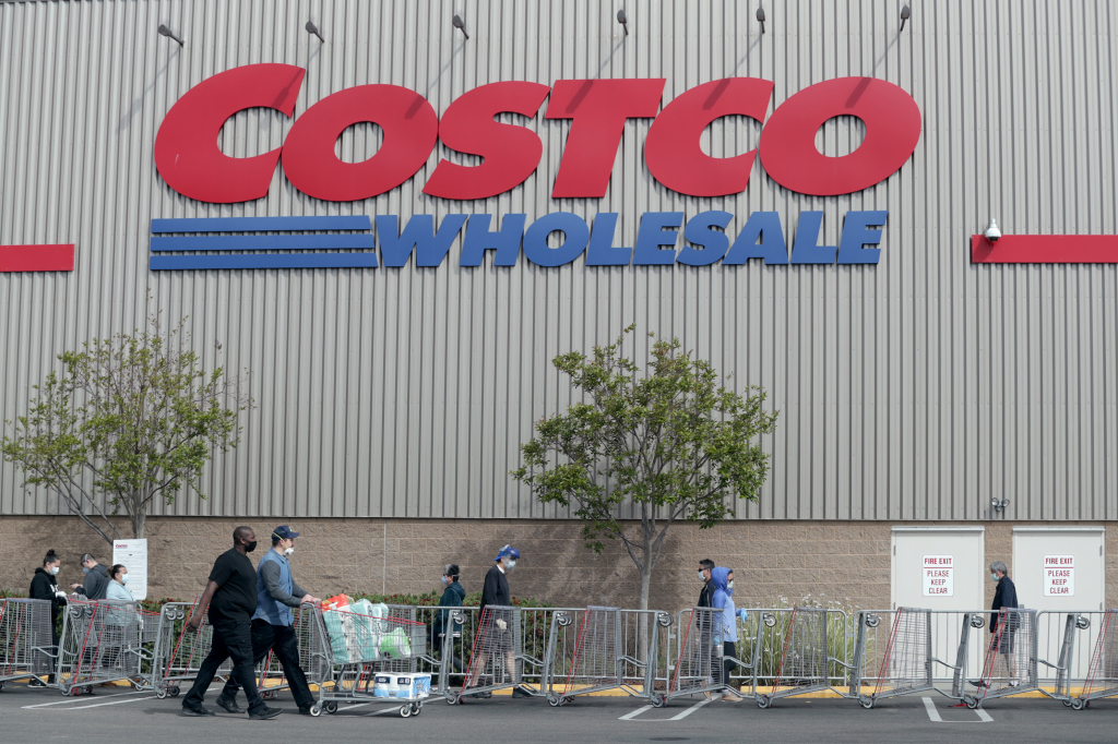 Costco begins offering COVID-19 vaccines in the Bay Area 1
