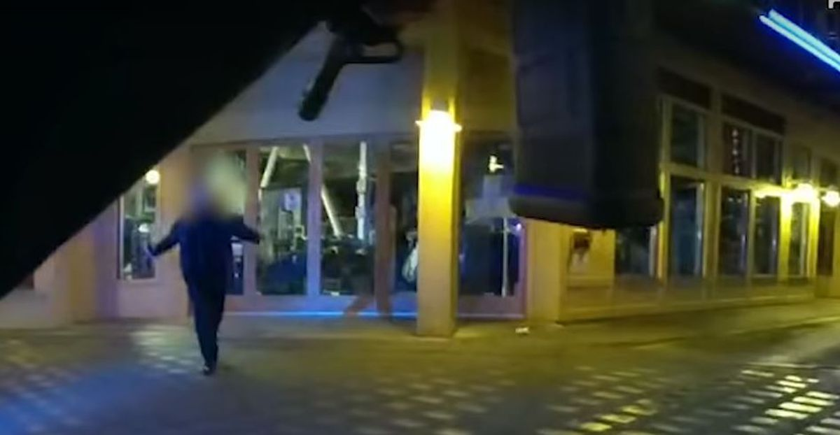 Video released of officer-involved shooting at Seattle waterfront 1