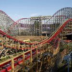 Six Flags to open all parks and hire thousands of employees 7