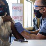 Illinois passes 2 million coronavirus vaccine doses administered 5