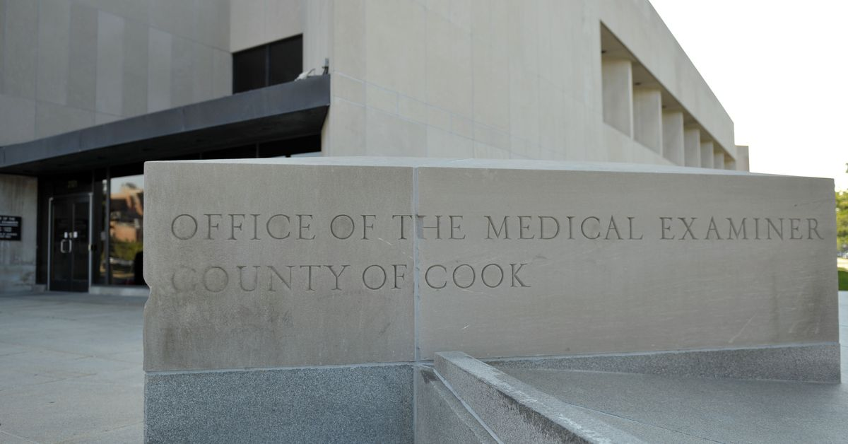 Investigators at Cook County medical examiner's office will be offered new jobs under restructuring, county says 1