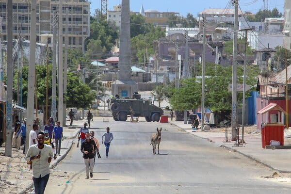 Gunfire at Mogadishu Protest Intensifies Somali Election Impasse 1