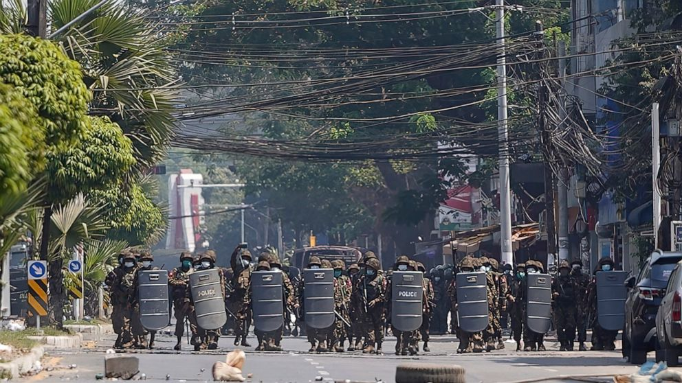 Myanmar police fire tear gas, rubber bullets at protesters 1