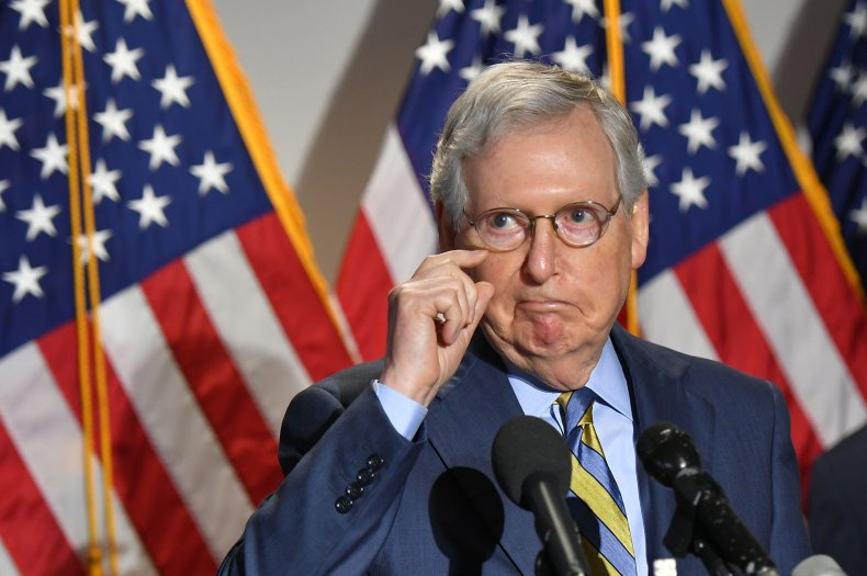 Mitch McConnell Urges 'All Men' to Take Coronavirus Vaccine, Latest Republican to Back Shot 1