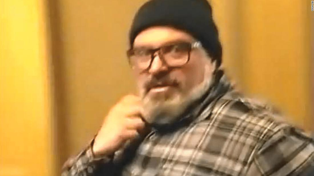In bid to avoid jail, Proud Boys leader claims he was in contact with FBI years before Capitol riot 1