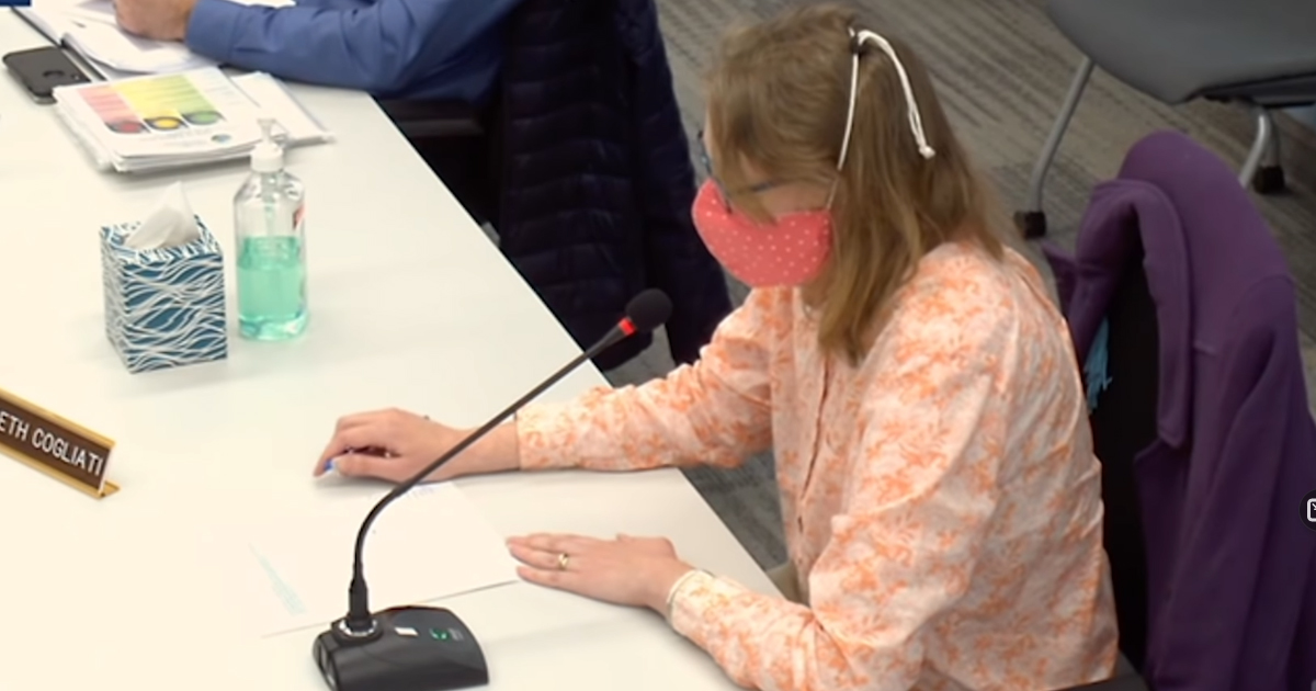 VIDEO: School Board Member Arguing For Mandatory Masks Nearly Passes Out While Wearing Mask 1