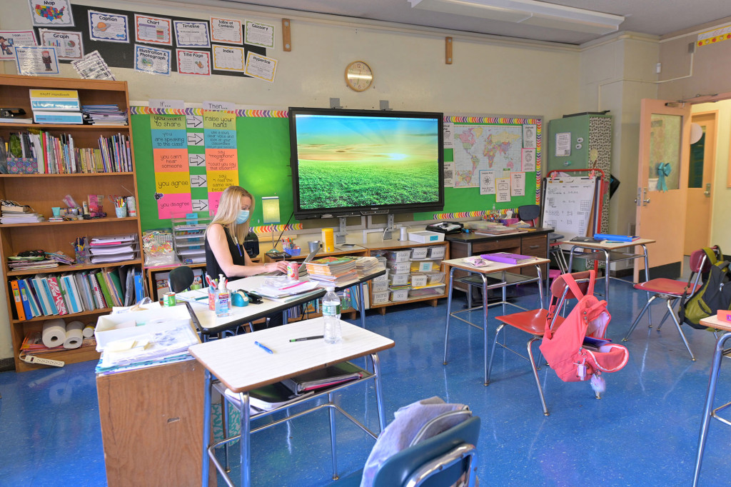 NYC to offer parents another chance to enroll kids in classroom learning 1