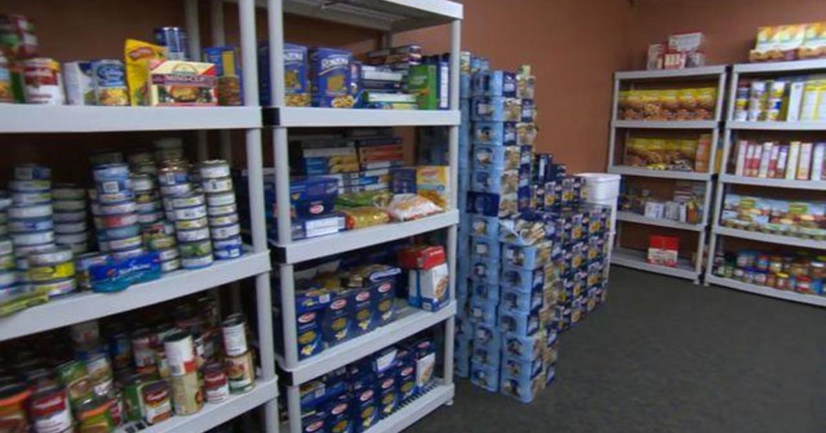 Colleges opening food pantries to ease student hunger 1