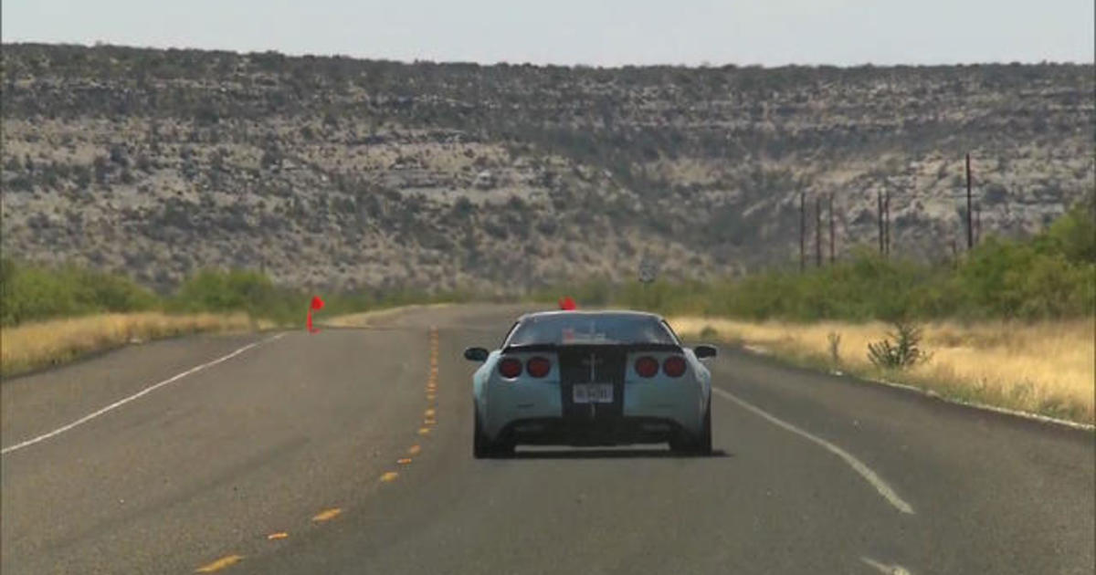 Speed limit comes off for Texas' Big Bend Open Road Race 1