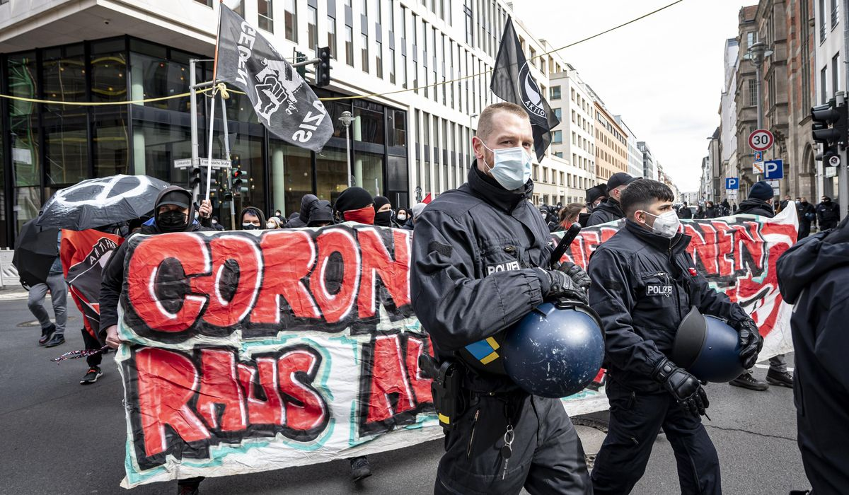 Germany: police clash with protesters against virus measures 1