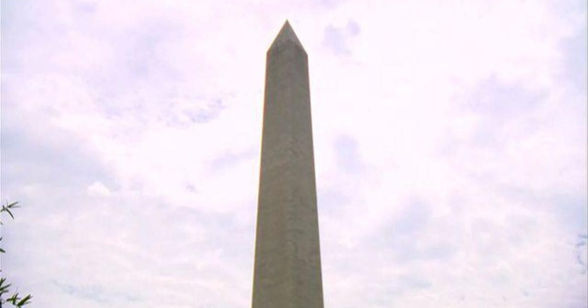 Washington Monument reopens after earthquake repairs 1