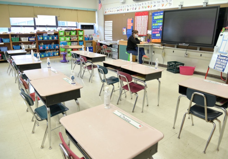 Minority Students Left Behind As White House, Teachers' Unions Resist Reopening Schools 1