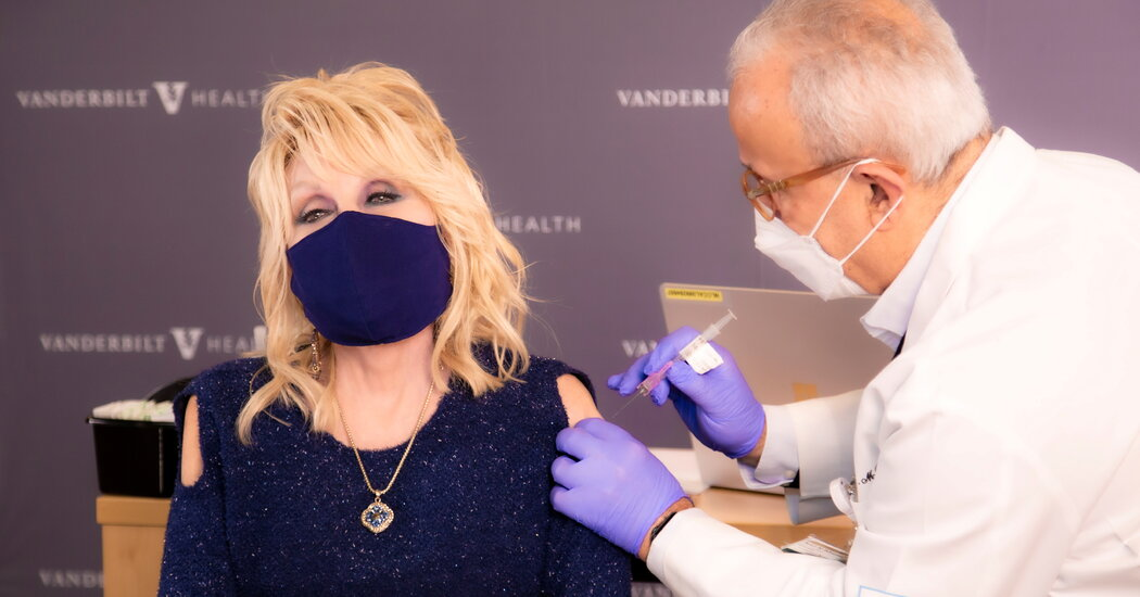 How the Cold-Shoulder Top Became a Covid-19 Vaccine Fashion Trend 1