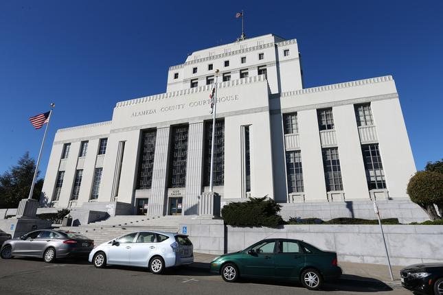 Correction: Public defender's motion to remove the Alameda County DA's office from a murder case 1