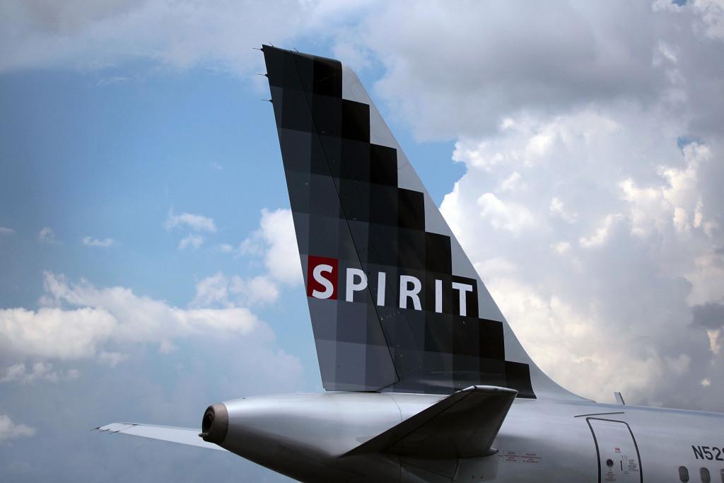 Spirit Airlines flight diverted to Denver after passenger attempted to open door in midair 1
