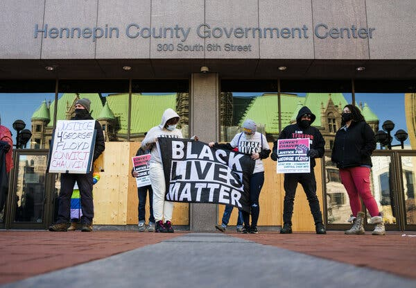 Minneapolis Abandons Plan to Pay Influencers During Officers' Trials 1